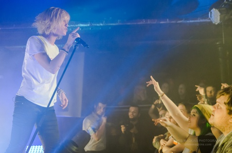 Tonight Alive-16