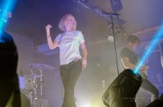 Tonight Alive-7