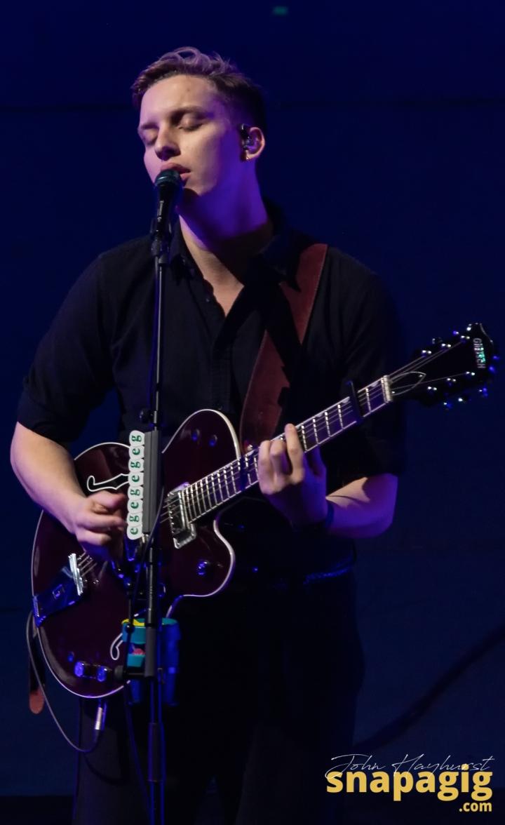 George Ezra-5